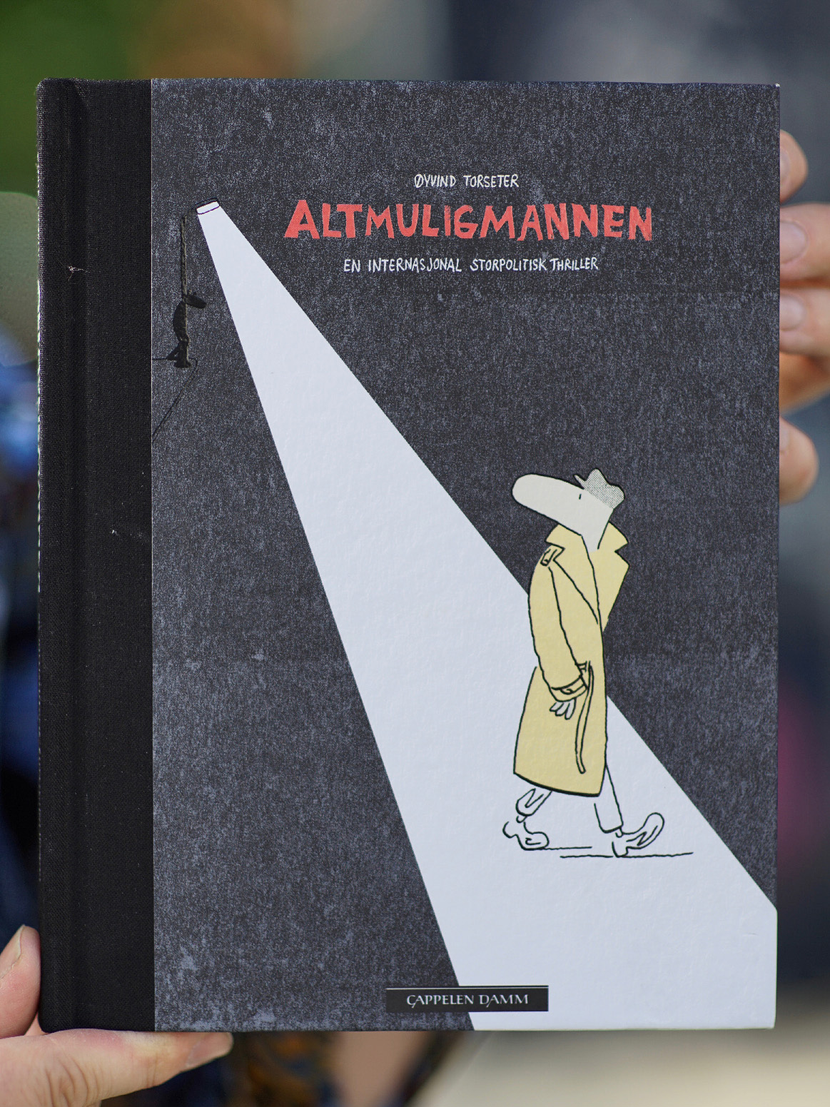 Omslaget til tegneserien Altmuligmannen av Øyvind Torseter